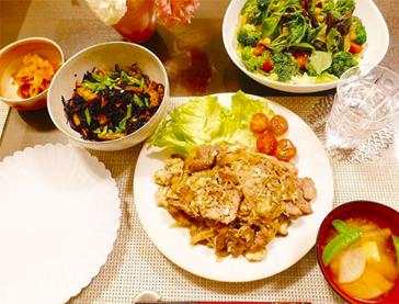 押切もえさん葉酸摂取方法 野菜中心のバランス良い食事
