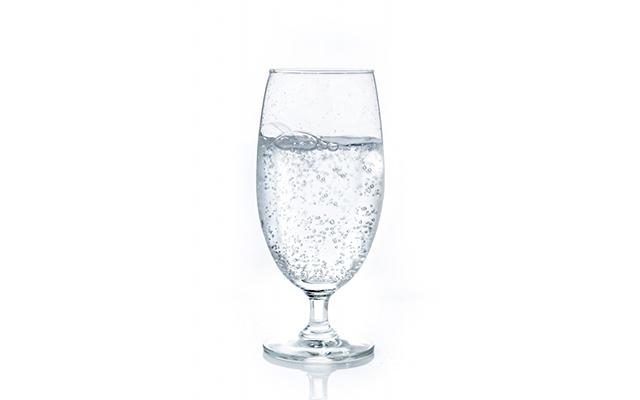 【運動しないで痩せる方法】炭酸水を飲む